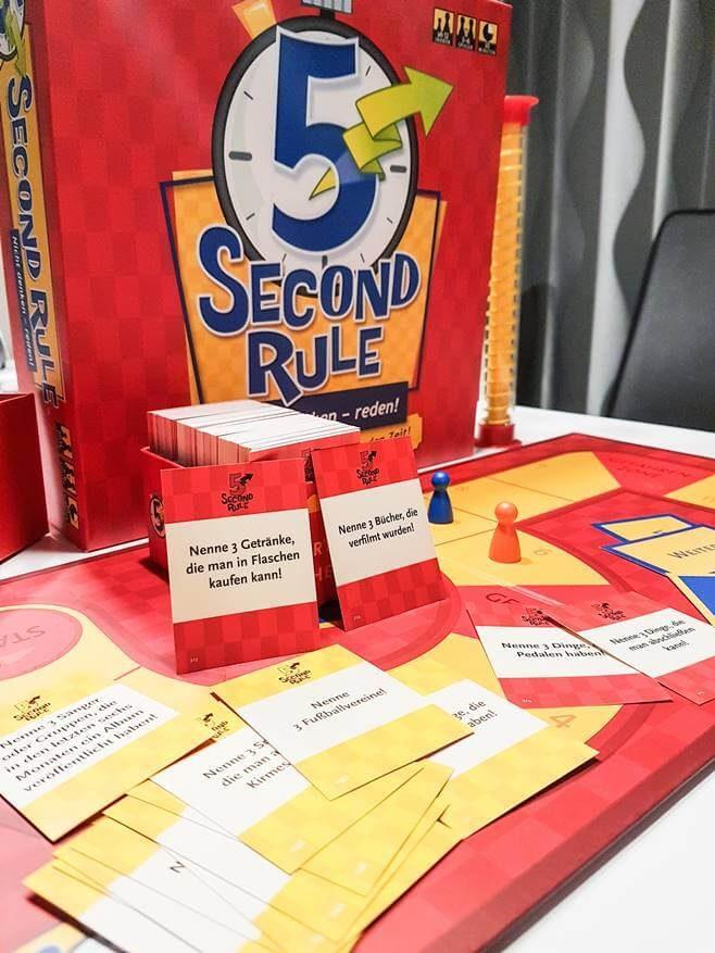 Top 5 Spiele für einen chilligen Spieleabend. 5 Second Rule © Freizeit in Wien
